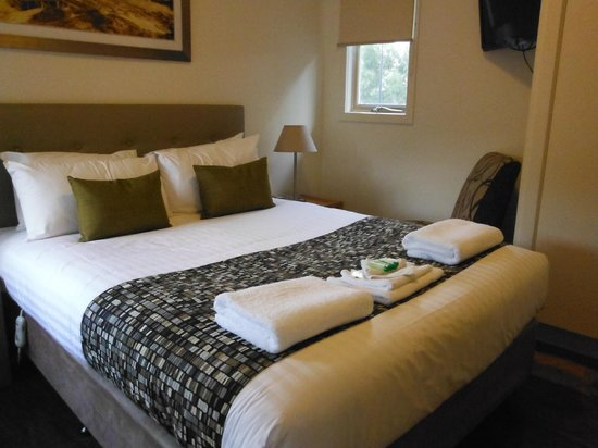 Ramada Resort Phillip Island:                                     Master Bedroom