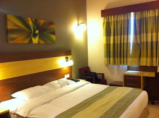 โรงแรมซิตี้แม็กซ์เบอดูไบ:                   room1