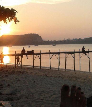 Samui Pier Resort:                                     Coucher de soleil 12 mars 2013