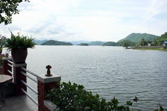 Kaeng Krachan National Park:                   Man soll es ncht glauben, auch das ist Thailand.