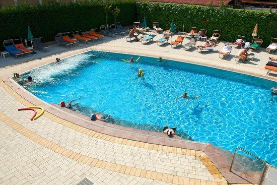 Columbia Terme Hotel: piscina esterna