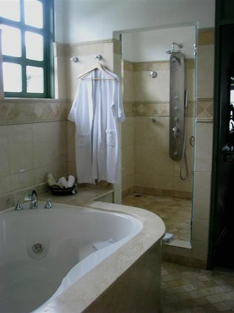 Hotel Casa Turire:                   Our bathroom in our suite