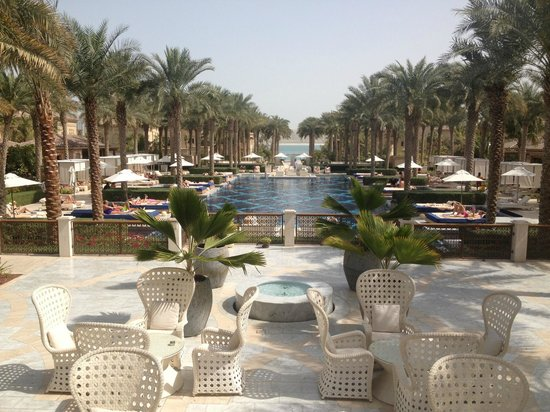 One&Only The Palm Dubai:                   Pool
