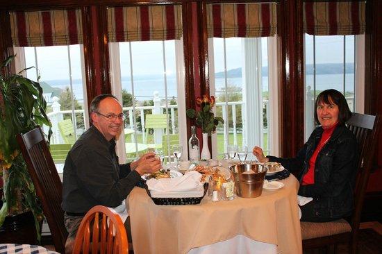 The Claddagh Inn: Ahhh a sweet crab feast!