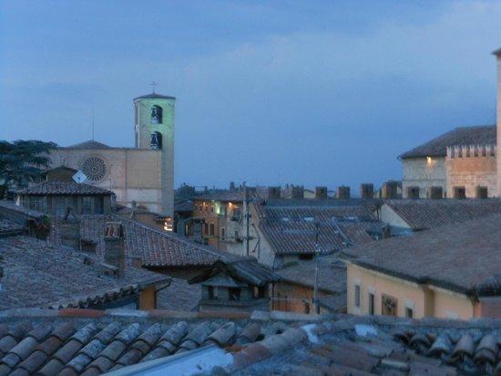 Hotel Tuder: Tetti di Todi