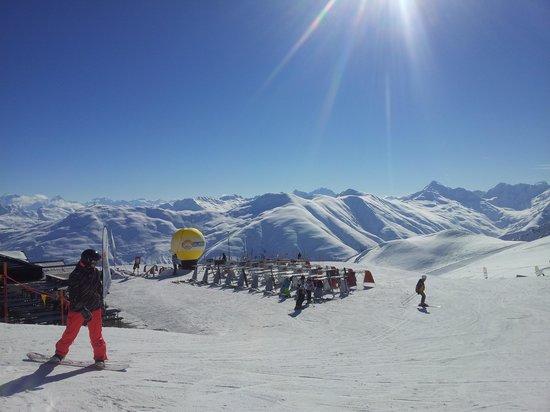 Alpen Village Hotel :                   Carusello 3000 Livigno