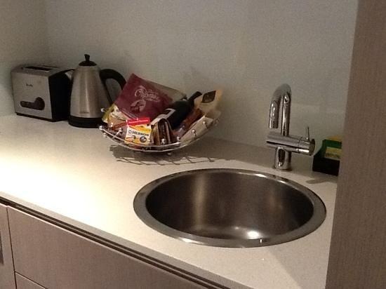โรงแรมแมนทราเซาท์แบงค์:                   Kitchenette