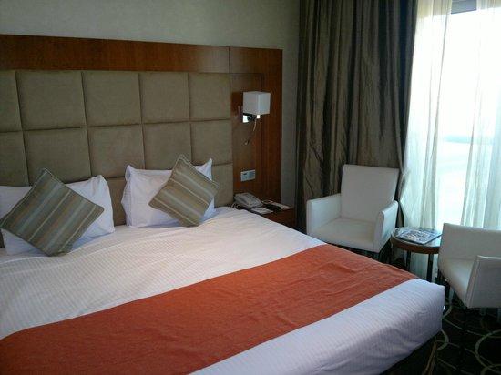 Ramada Chelsea Al Barsha:                   Room