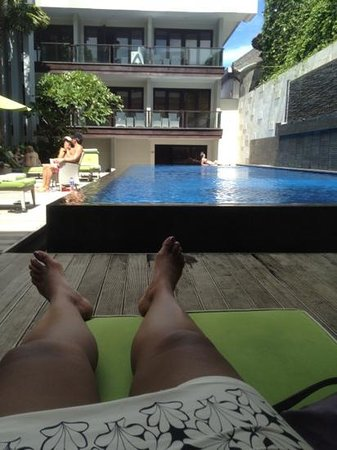 Dekuta Hotel:                                     chilling by the pool
