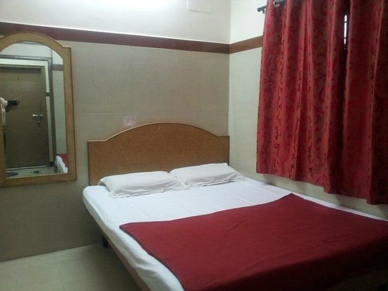 Golden Guest House : DOUBLE ROOM