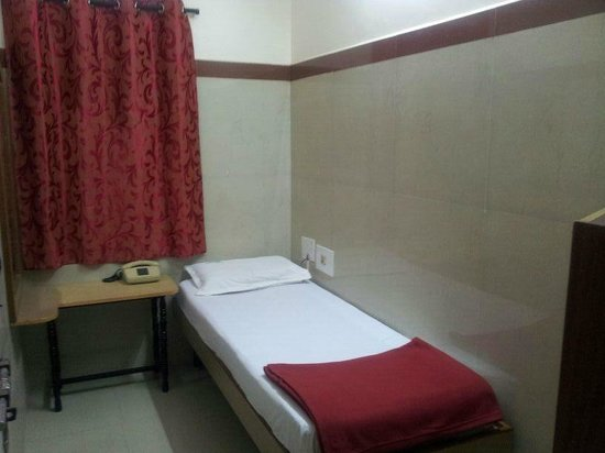 Golden Guest House : SINGLE ROOM