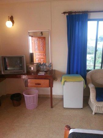 Beach Club Resort:                   Standard room