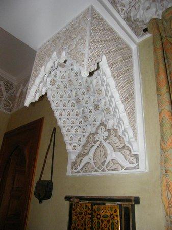 ริแอดดูไบ:                   Riad Dubai