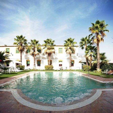 El Raposo, Hiszpania: Piscina exterior