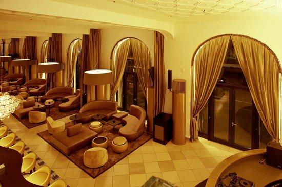 gobelin saal rilano no 6 lenbach palais bild von. Black Bedroom Furniture Sets. Home Design Ideas