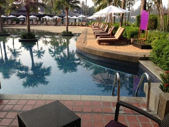 Angsana Laguna Phuket:                                     pool right outside of our room!!