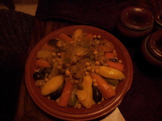 Riad Elias : Middag i riaden