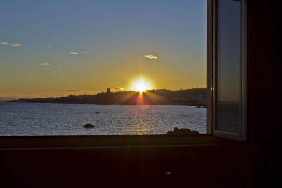 B&B Oasis: Spettacolare tramonto dalle camere con vista mare.