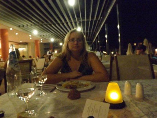Apollonion Resort & Spa:                                     cena 2