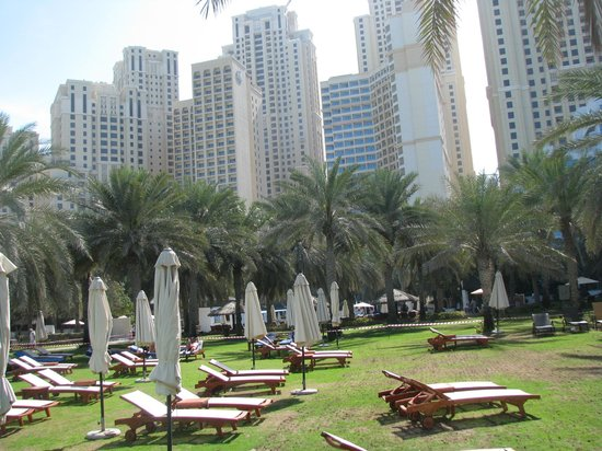 Sheraton Jumeirah Beach Resort:                   The palm garden