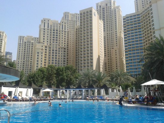 Sheraton Jumeirah Beach Resort:                   View from the pool