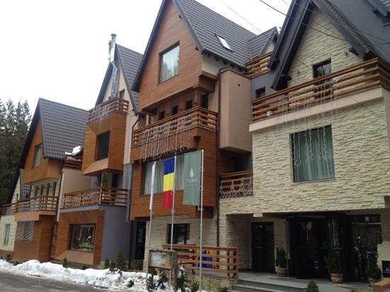 Ioana Hotel:                   exterior