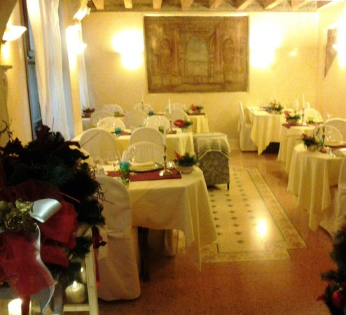 La Cusineta: sala ristorante