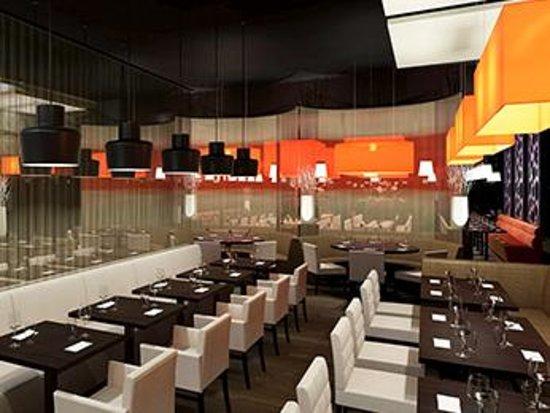 World Cafe Mecure Hotel Photo