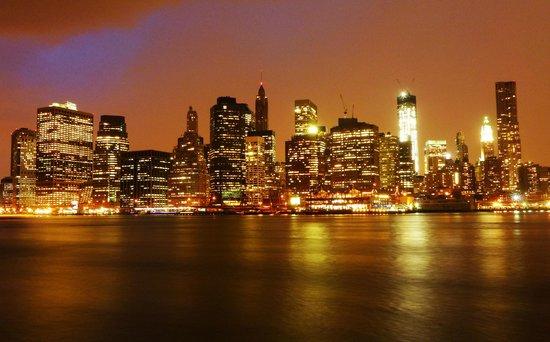 Brooklyn Bridge: Pont de Brooklyn vue sur Manhattan Wall Street