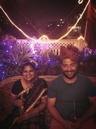 Hotel Kalyan:                   Jolie soirée indienne !!!!