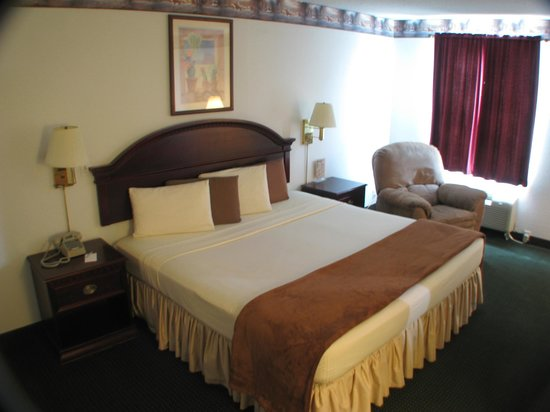 Dodge House Hotel: King Bedroom