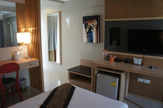 Chinotel Phuket: Deluxe Room (Twin)