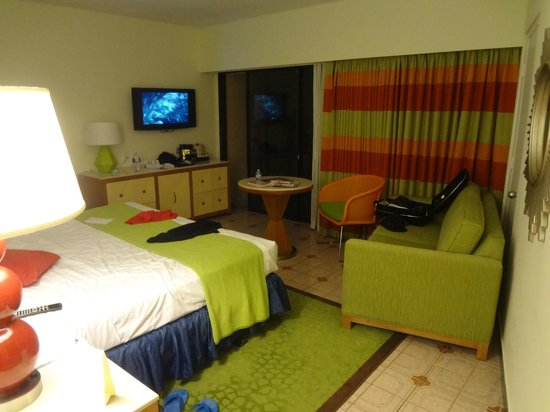 Sunscape Curacao Resort Spa & Casino:                   Our room in the pelican building