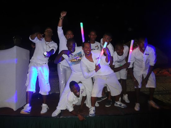 Sunscape Curacao Resort Spa & Casino:                   Entertainment staff