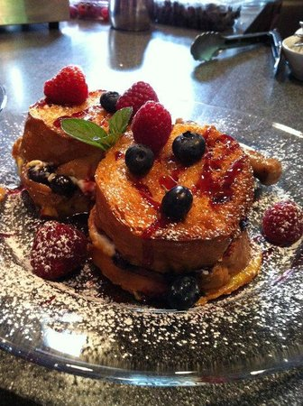 Fleur-De-Lys Mansion: Blueberry/Raspberry Stuffed French Toast