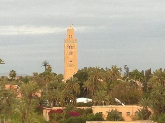The Pearl Marrakech:                   vista dalla terrazza (la torre è il centro della città)