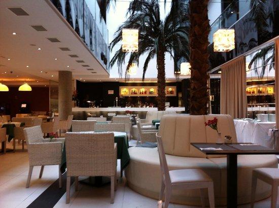 Hotel Nuevo Boston:                   The dining area