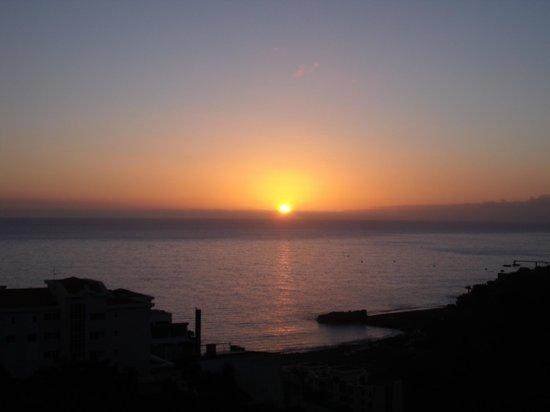 Hotel Escola :                                     coucher de soleil depuis le balcon