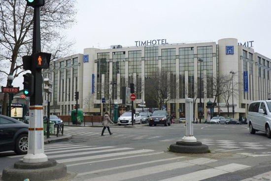 Timhotel Paris XVII Bd Berthier:                   Vista dell'Hotel