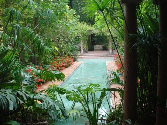 Jardin espagnol de la villa photo de villa jardins for Jardin villa rothschild