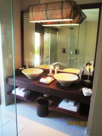 Anantara Rasananda Koh Phangan Villas:                   Top-Badezimmer!!!