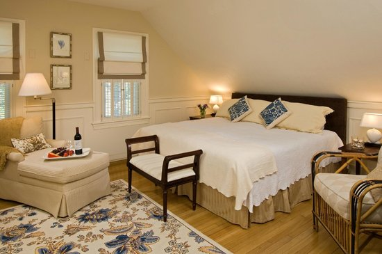 Carriage House Inn: Room 3