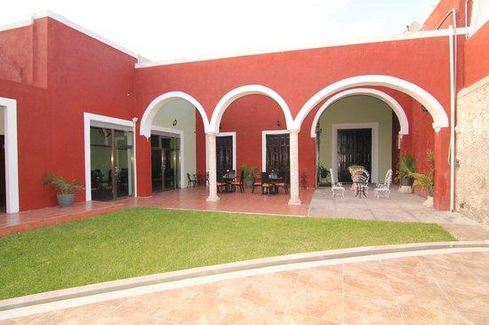 Hotel Embajadores: El zaguan
