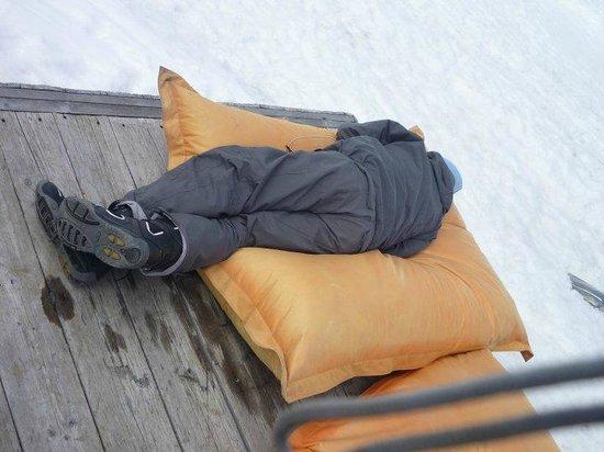 Schutzhutte Schone Aussicht / Rifugio Bella Vista: Zona relax / cuscinoni