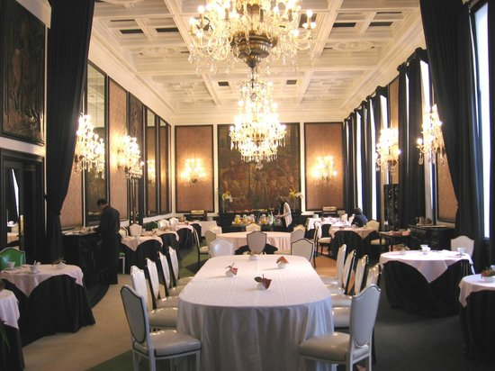إنفانت ساجريس: Salle de petit déjeuner