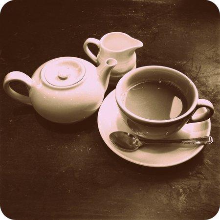Metropolitan Cafe :                   Pot of Earl Grey for one