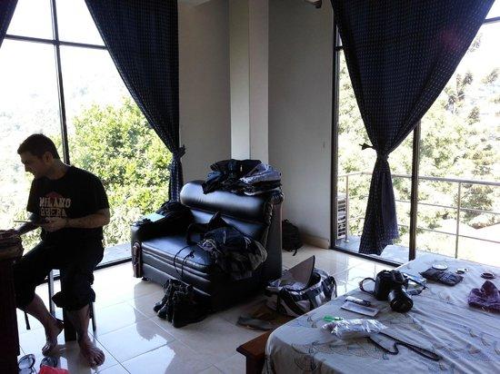Kandy View Hotel:                   la nostra stanza al Kandy View