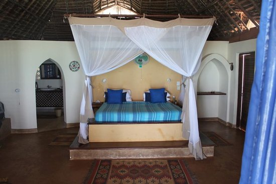 Matemwe Lodge, Asilia Africa:                   large bed and bedroom