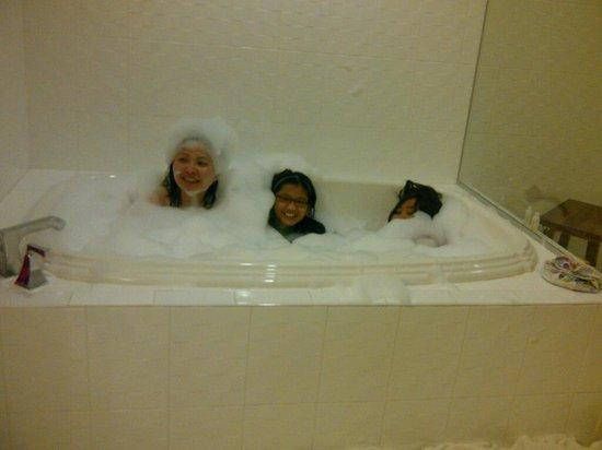 Hotel Indigo Jacksonville Deerwood Park:                                     Splash at Hotel Indigo