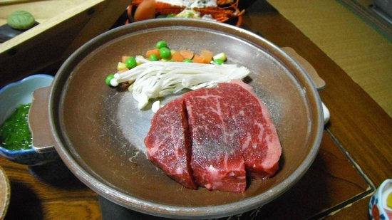 Nakatora :                   松阪牛のステーキ